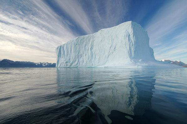 http://www.dinosoria.com/climatique/iceberg-1.jpg