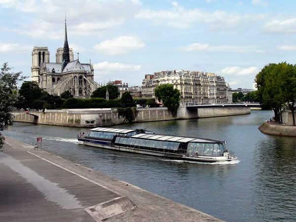 Paris. Ile de la Cité