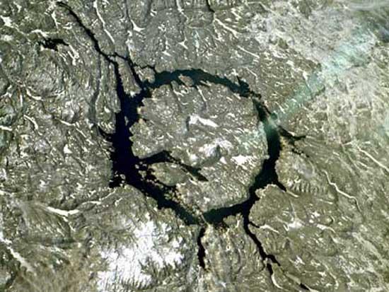 Cratère d'impact de Manicouagan