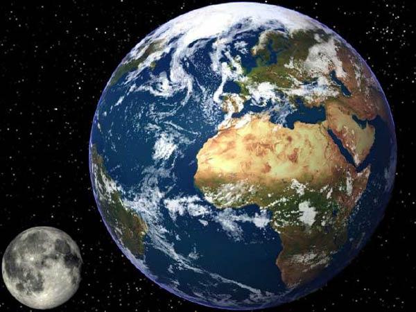 Comparatif entre la Terre et la Lune